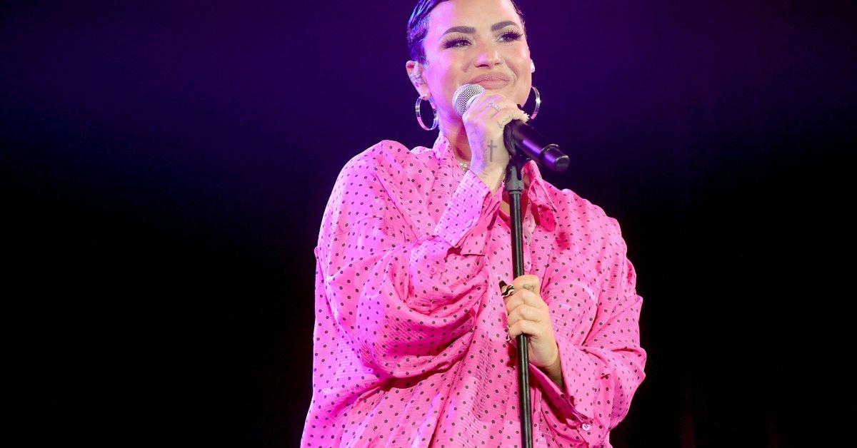 'Harap Tetap Hidup dalam Kebenaran Anda.' Demi Lovato Mengumumkan Identitas
