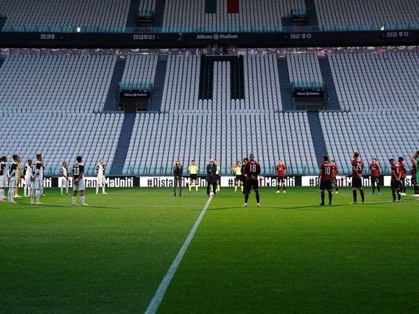 Pioli Yakin AC Milan Bakal Mampu Patahkan Kutukan di Kandang