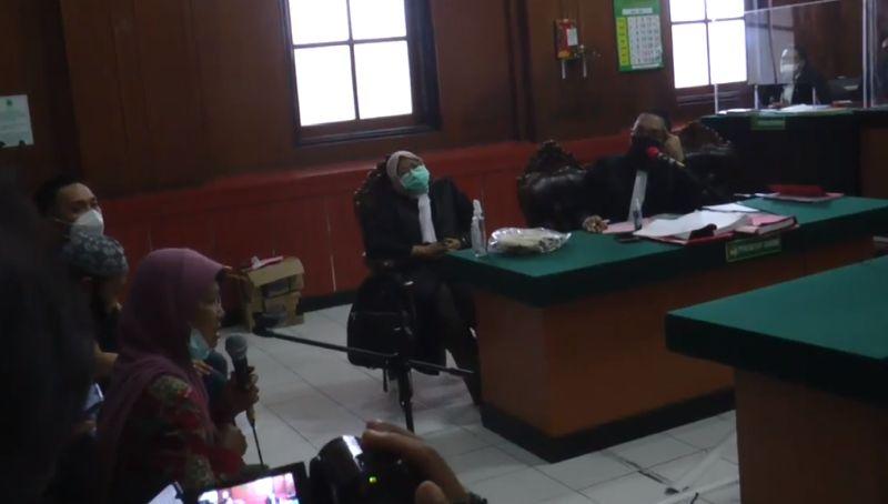 Cerita Pilu Nenek di Surabaya, Tolong Tetangga Pinjamkan Sertifikat, Malah