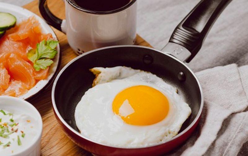 Resep Sahur Anti-Ribet, Telur Ceplok Cabe Ijo! : e-Kompas.ID Travel